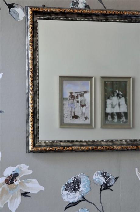 תמונות השראה משפחתיות משתקפות במראה מעוצבת